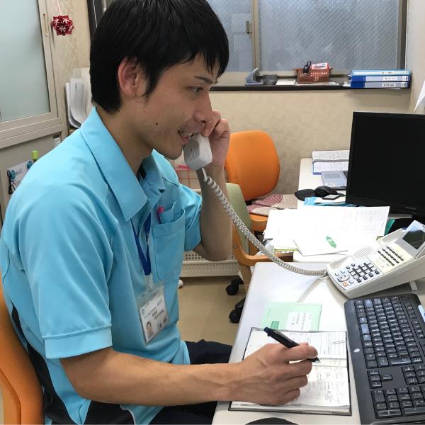 風和璃 居宅介護支援管理者 工藤勝実オフィス電話対応